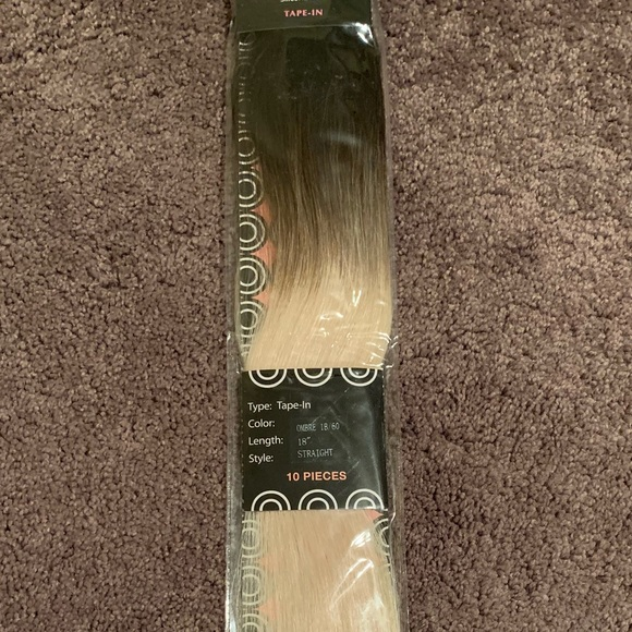 "donna bella Other - 18"" tape-in hair extensions!"